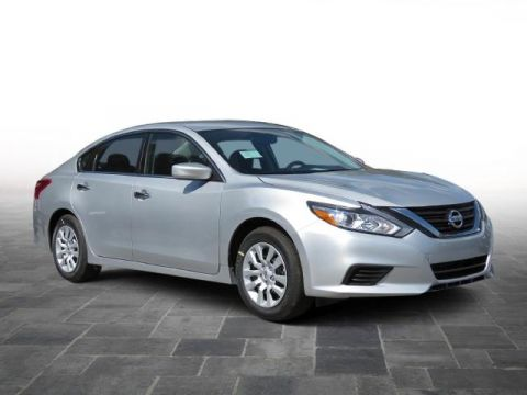 New 2018 Nissan Altima  Front Wheel Drive 4dr Car