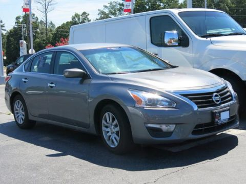 Certified Pre-Owned 2015 Nissan Altima   4dr Car