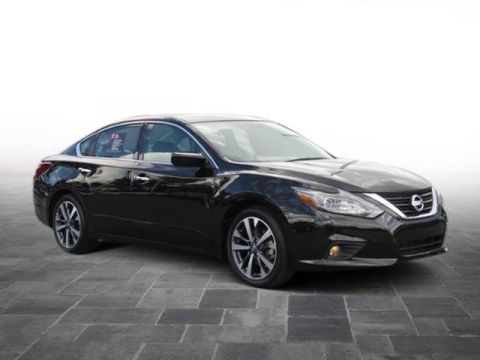 Certified Pre-Owned 2017 Nissan Altima 2.5 SR FWD 4dr Car