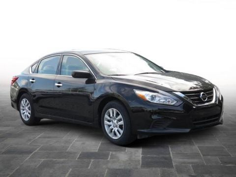 New 2017 Nissan Altima 2.5 FWD 4dr Car