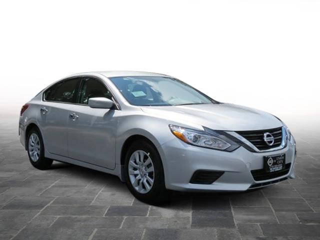 New 2018 Nissan Altima 2.5 S FWD Sedan