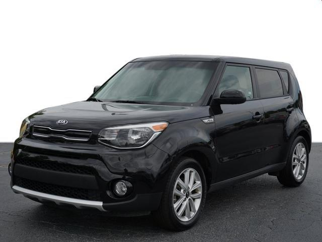 Kia Of Union City >> Pre Owned 2018 Kia Soul Hatchback In Union City J7889810 Nissan