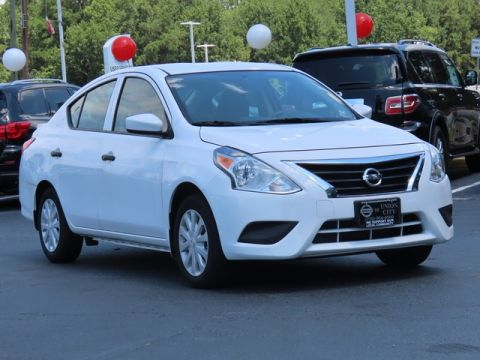 New 2018 Nissan Versa 1.6 S Plus